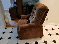 Recliner/lift chair Vaughan, L4L 7M6