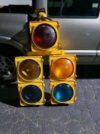 Large Traffic Light Canton
