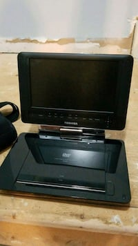 Toshiba portable DVD player  Vaughan, L4J