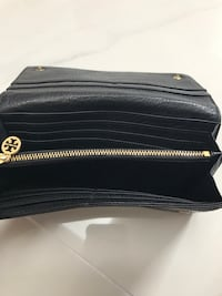 tory burch wallet Rockville, 20852