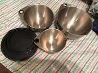 Metal bowls and lids from pampered chef  Winnipeg, R2R