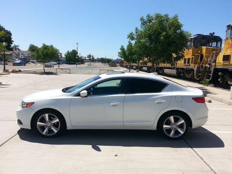 2014 Acura ILX 2.0L w/Tech 4dr Sedan w/Technology Package 340cc13d-d68f-4986-8dc0-cfbf9270d8a1