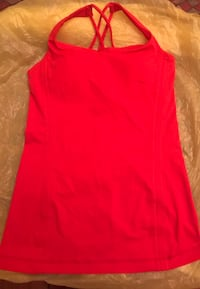 Lulu lemon tank top size 4 North Vancouver, V7K 2H4