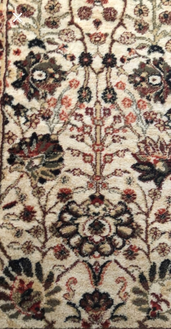 Used Very Nice Rugs For In Labelle