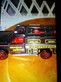 Hot Wheels Die Cast 1974 Black Fire Search/Rescue