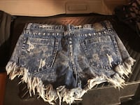 One teaspoon shorts size 26 Vancouver, V5R 3R9