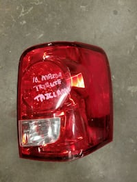 2010 mazda tribute tail lamp right side Calgary, T2X