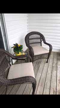 2 New Wicker Chairs. Including side table California