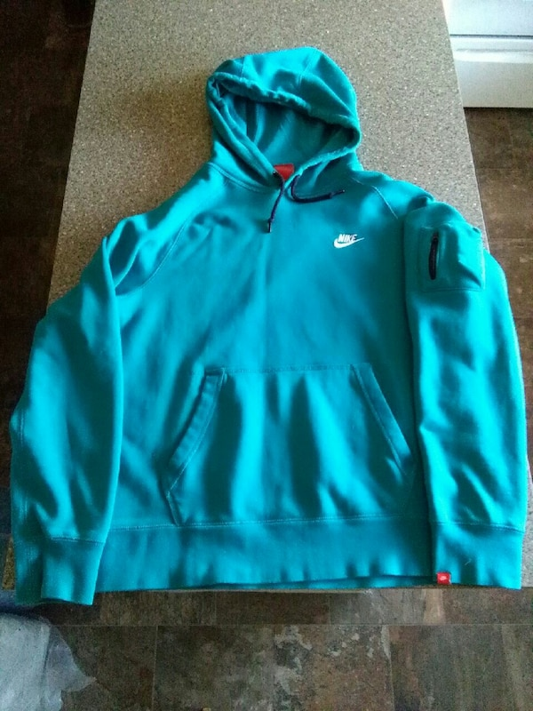 Nike Pullover Size Large