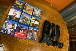 1-TB PS4 (Call Of Duty Black Ops 3 Limited Edition Console) $350 OBO