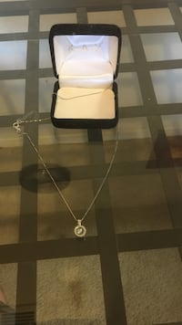 Kay jewelers floating diamond necklace BRAND NEW 23 mi