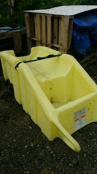 yellow and black plastic picnic table Middleborough, 02346
