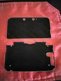 black Nintendo 3DS hand held console case