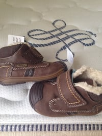 Brand New Geox Baby Boy or Girl brown leather shoes winter boots size 2