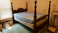 Nice solid wood mahogany antique FULL size bed Bartlett
