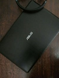 Asus black and gold laptop Delhi, 110088