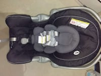 Infant carseat and base  Ontario, L4J