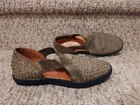 NEW Women's Size 5.5 to 6 (35) BERNIE MEV Slip O Woodbridge, 22193