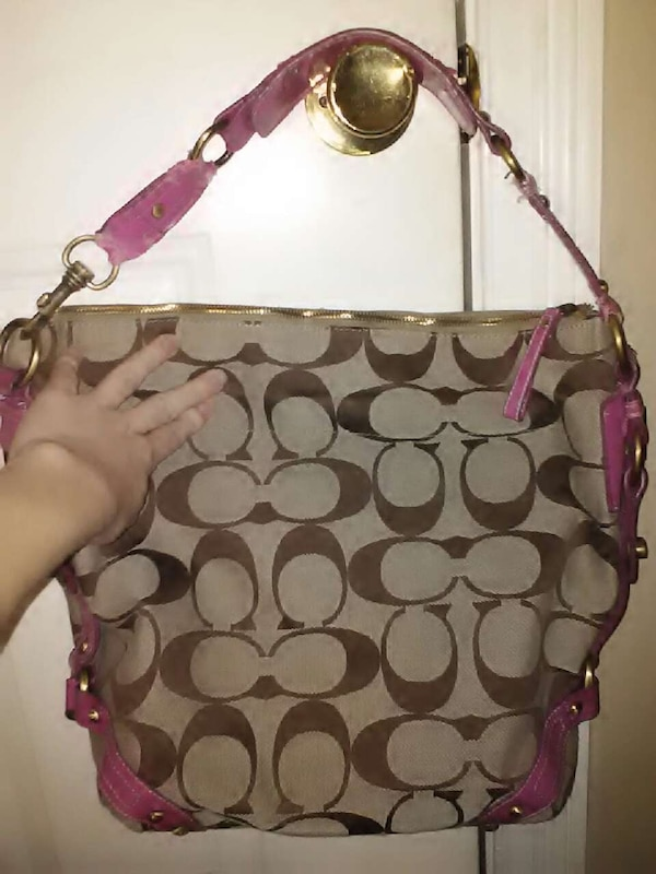 a2859aa41c5 Used Large brown Coach bag, really need to sell!! in Lexington - letgo
