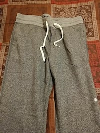 Mens large American eagle grey sweatpants Hagerstown, 21742