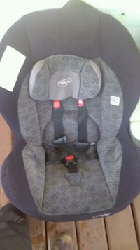 Evenflo carseat Edmonton