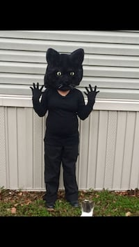 I'm selling the cat head and tail costume for 20.00 Houston, 77032