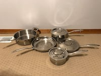 8 piece Cuisinart Cookware Set