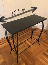Console/Plant Table New York, 11106