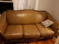 brown leather 3-seat sofa Windsor, N9A 2Z9