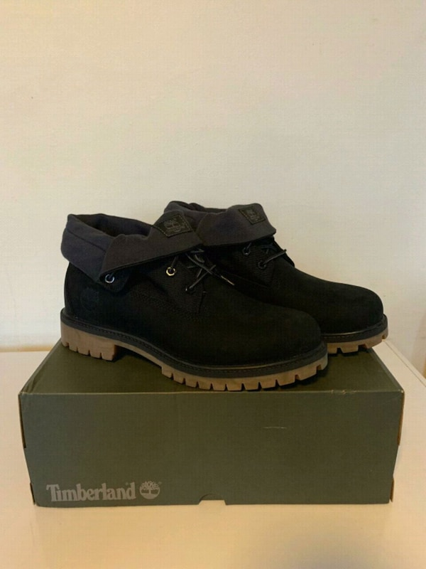 Brand new timberlands  0