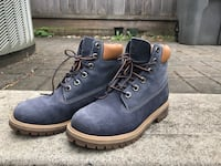 Pair of blue-and-brown work boots Richmond, V6X 4A7