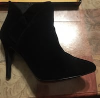 Yuno Black Microfib Boots - Size 9 1/2 -  gently used Lancaster, 01523