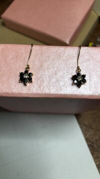 10k Yellow Gold Blue Sapphire and Diamond Earrings Springwater, L9X