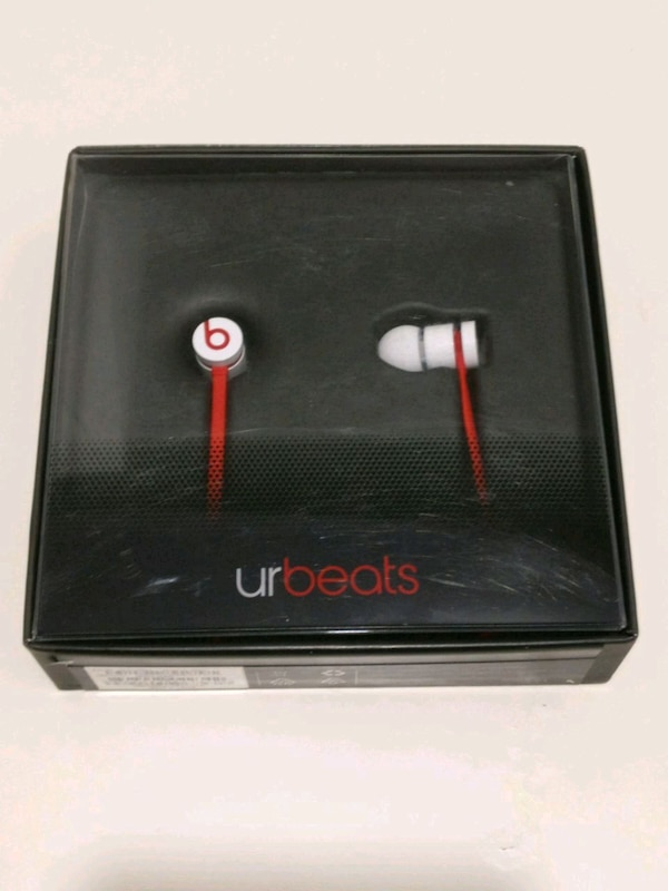 urbeats (red and white)