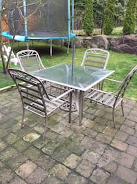 Patio Set : Table + 4 Chairs Coquitlam, V3E 3K6