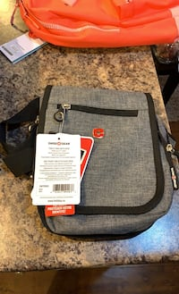 Swiss gear side bags Vancouver, V5R 3T2