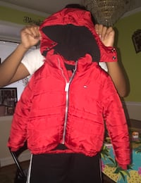 red zip-up bubble jacket Springfield, 22150
