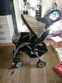 baby's black and gray stroller Jackson, 08527