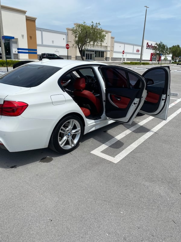 2016 BMW 3 Series 328i Sedan 1a25d5ff-2389-475d-8349-e48206758177