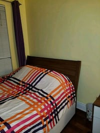 red and white striped bed comforter Montreal, H3S