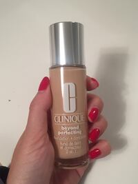 """Clinique Beyond Perfecting Foundation & Concealer """"Alabaster 2"""""""