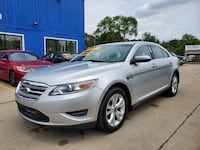 Ford-Taurus-2011 Warren