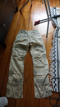 Gray and beige cargo pants Washington, 20011