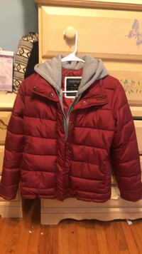 Red zip-up bubble jacket Baltimore, 21206