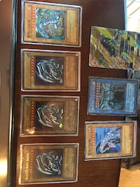 Yu-Gi-Oh Cards - Blue Eyes White Dragon! CENTREVILLE