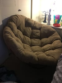 This is a huge hippie chair !