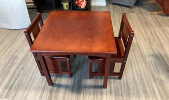 Solid wood children's table and chairs