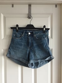 Blå denim korte shorts