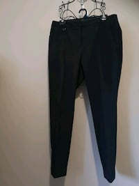 Ladies Black Dress Pant Fits Over Ankle. Size 10 Cambridge, N1R 6X9