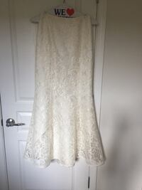 Women's white lace floral lace skirt with Halter Top Breinigsville